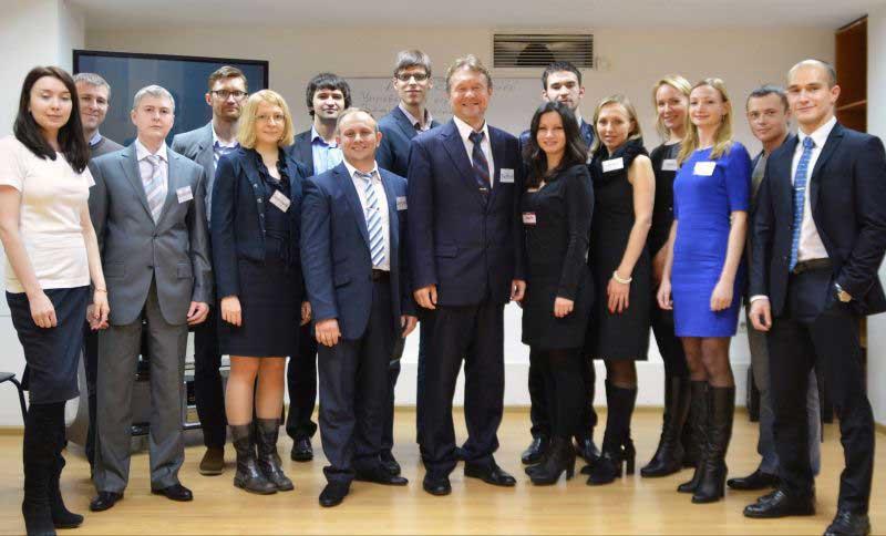 Победители с Дмитрием Устиновым (ноябрь 2013)