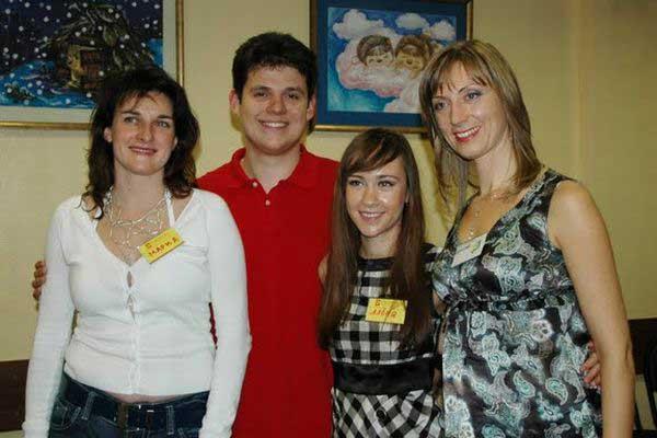 Один Василий и три очаровательные леди...