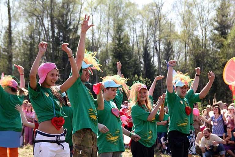 Зелёные человечки приветствуют жителей Земли!