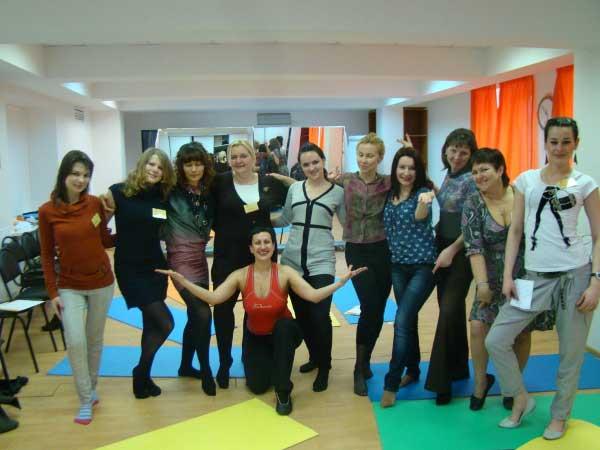 Татьяна Бреславская и её очаровательные ученицы.