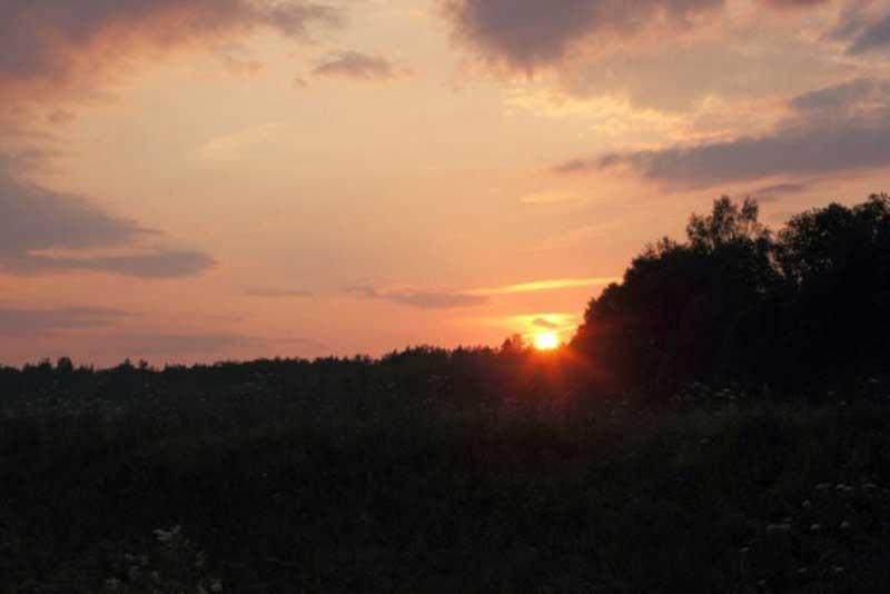 Закаты неизменно прекрасны, где бы вы ни находились.