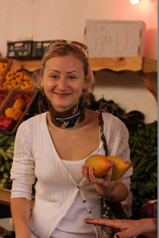 Свежие фрукты от Ибрагима.