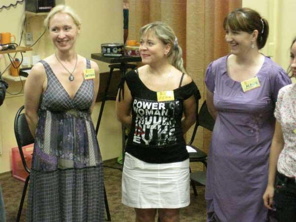 Три девицы... Три сестры... В общем, классика жанра.
