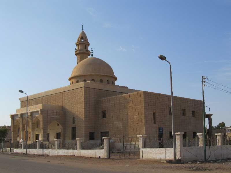 Самая большая мечеть Дахаба.