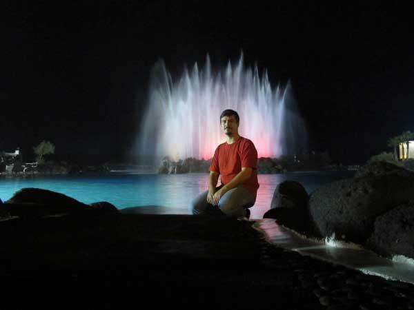 Ночные огни канарских фонтанов.