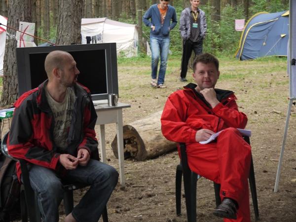 Андрей Костырев и Виталий Пичугин в тренинге.